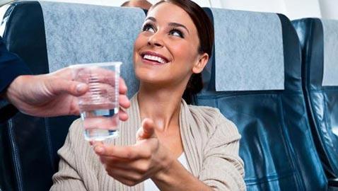 احذروا تناول هذه الأدوية في الطائرة