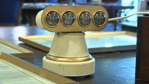هكذا خسر بروملي مخترع أول ساعة رقمية الملايين..
