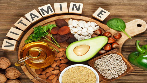 فيتامين E: يقوي المناعة ويحافظ على البشرة.. ما هي أعراض نقصه؟